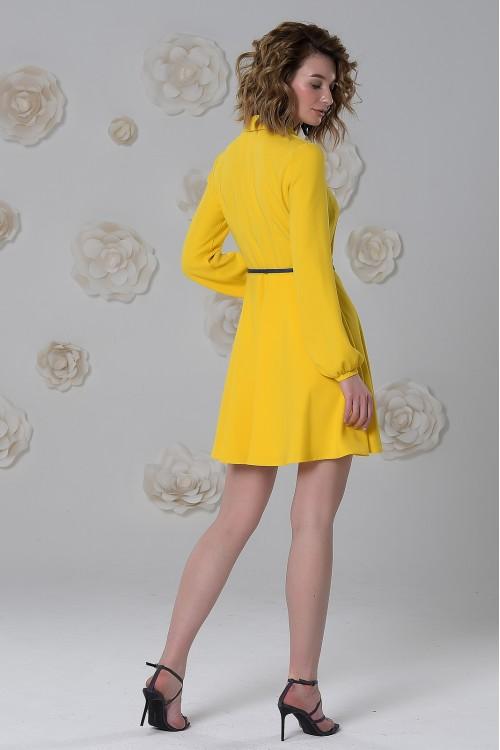 Платье Лаура из вискозы на запах солнечно-жёлтое