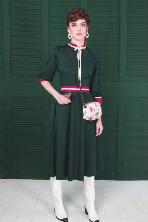 Платье Розочка из вискозы тёмно-изумрудное