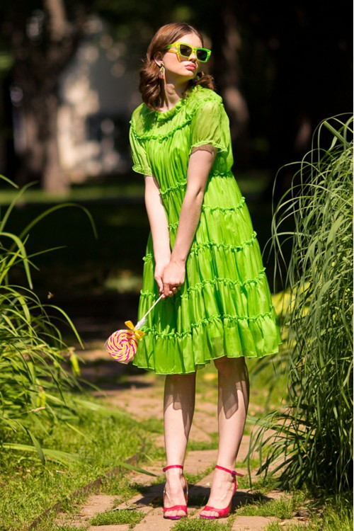 Платье Весна из нежнейшего шёлка салатовое / фуксия
