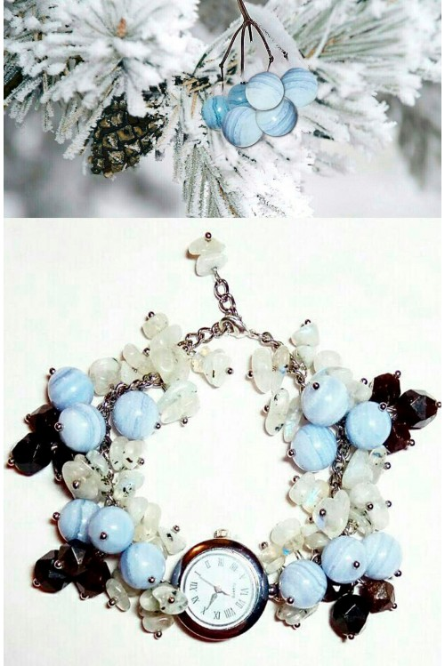Браслет-часы Зимняя ель с ягодами